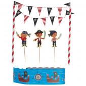 Pirat kage guirlande med kagefigurer og pynt.
