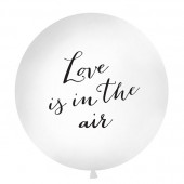 Balloon med teksten Love is in the air