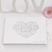 Hvid gæstebog med sølv hjerte